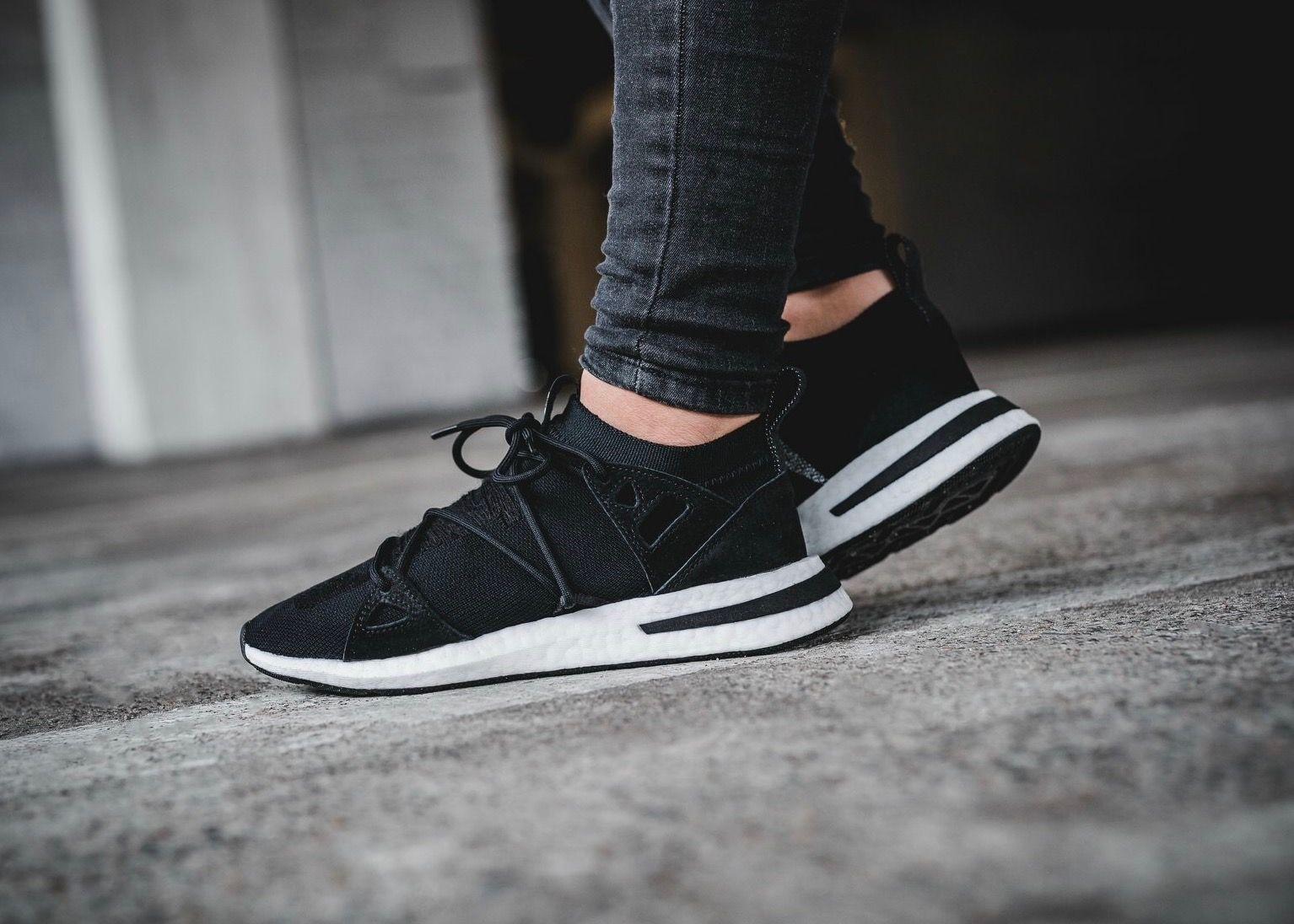 Pin en sneakers adidas