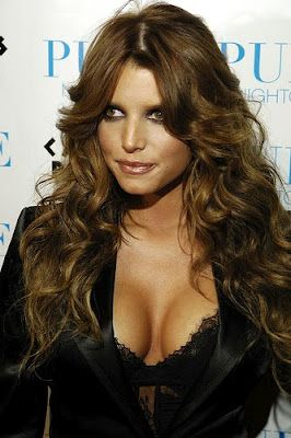 Jessica simpson as a brunette join told
