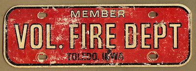 Vintage Volunteer FIRE Department Member, TOLEDO, Iowa IA License Plate, Topper