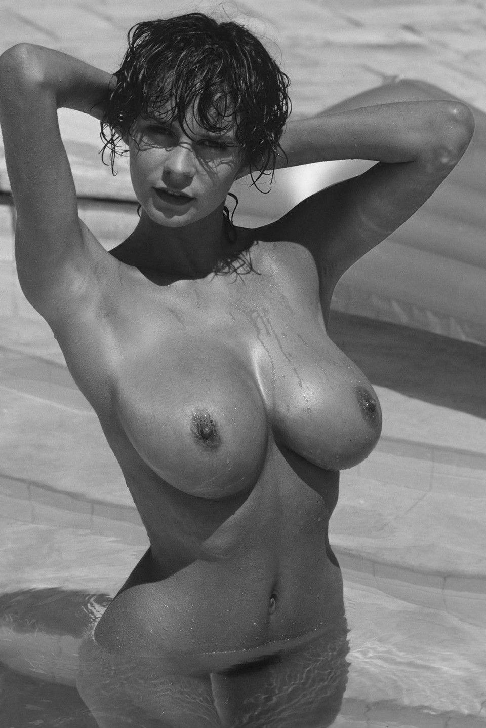 donna ewin erotic photos