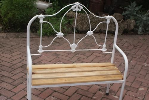 Old antique bed bench made from cast iron bancos camas for Sillas para viejitos