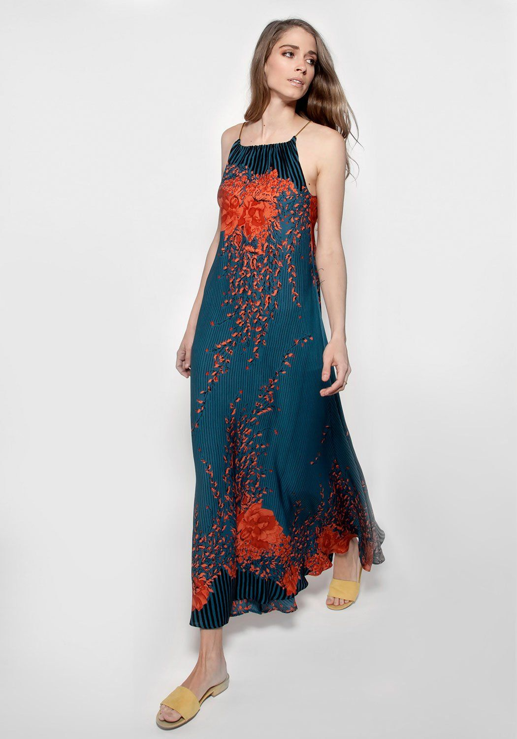 92e39cabfad ... 4 2 18      Sansa is our go-to summer dress. We wear it with sandals to  the beach