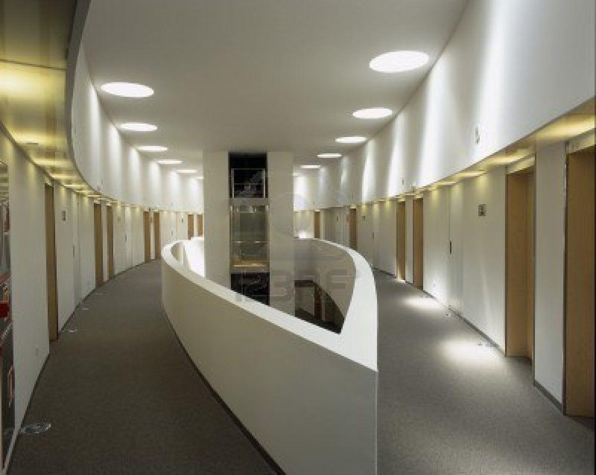 Iluminacion en corredores jpg luminotecnia pinterest for Ventiladores para oficina