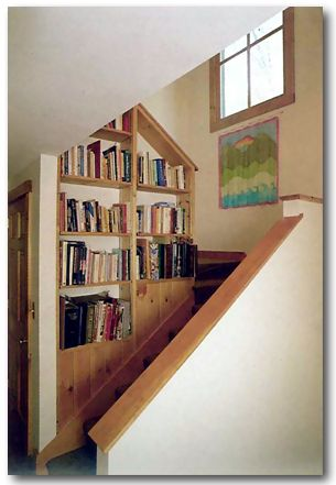 Best Staircase Bookshelf I Like Giving The Staircase Space 400 x 300