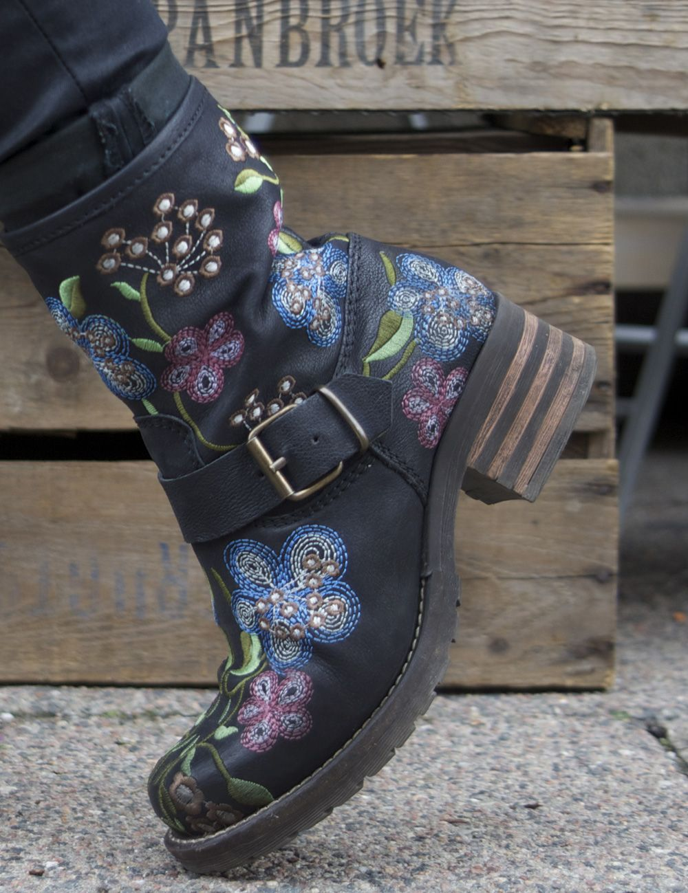 FOLK Brako Biker boots black | Boots, Svarta stövlar, Skor