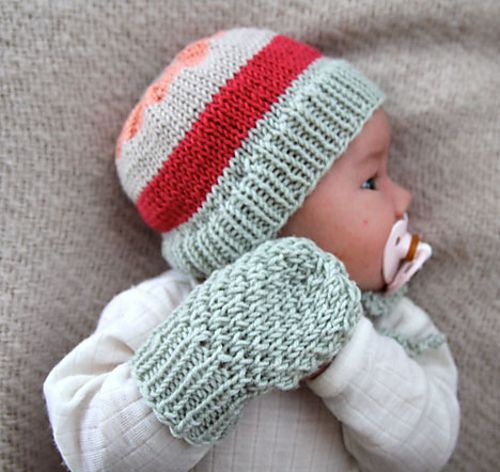Ravelry Winter Baby Kit With Hat And Mittens Pattern By Anna