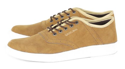 Sepatu casual G 1118 adalah sepatu casual yang nyaman dan kuat....