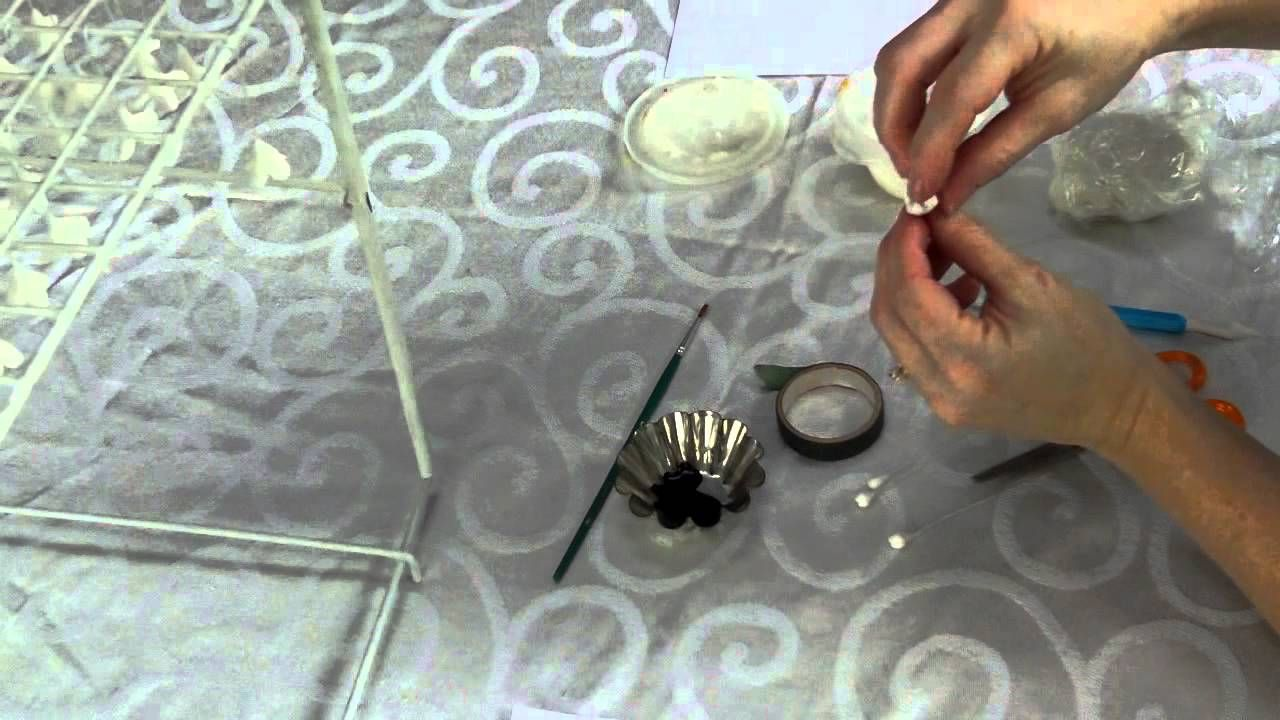 How to make gumpaste lilacs for cake decorating, part 1 (making the ...