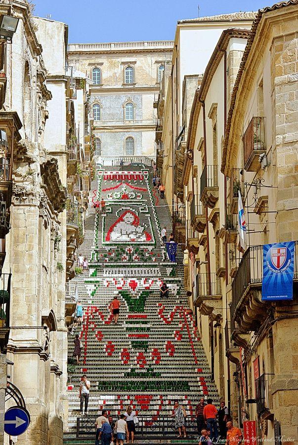 Escalier de Santa Maria del Monte | Sicilia italia ...