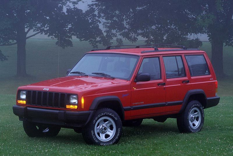 My dad had this when I was little ! Jeep Cherokee 25 Sport