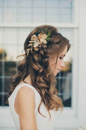Brautfrisur Halboffen Kommen Sie Mit Stil Unter Die Haube Frisur Hochzeit Halboffen Frisur Hochzeit Brautfrisur