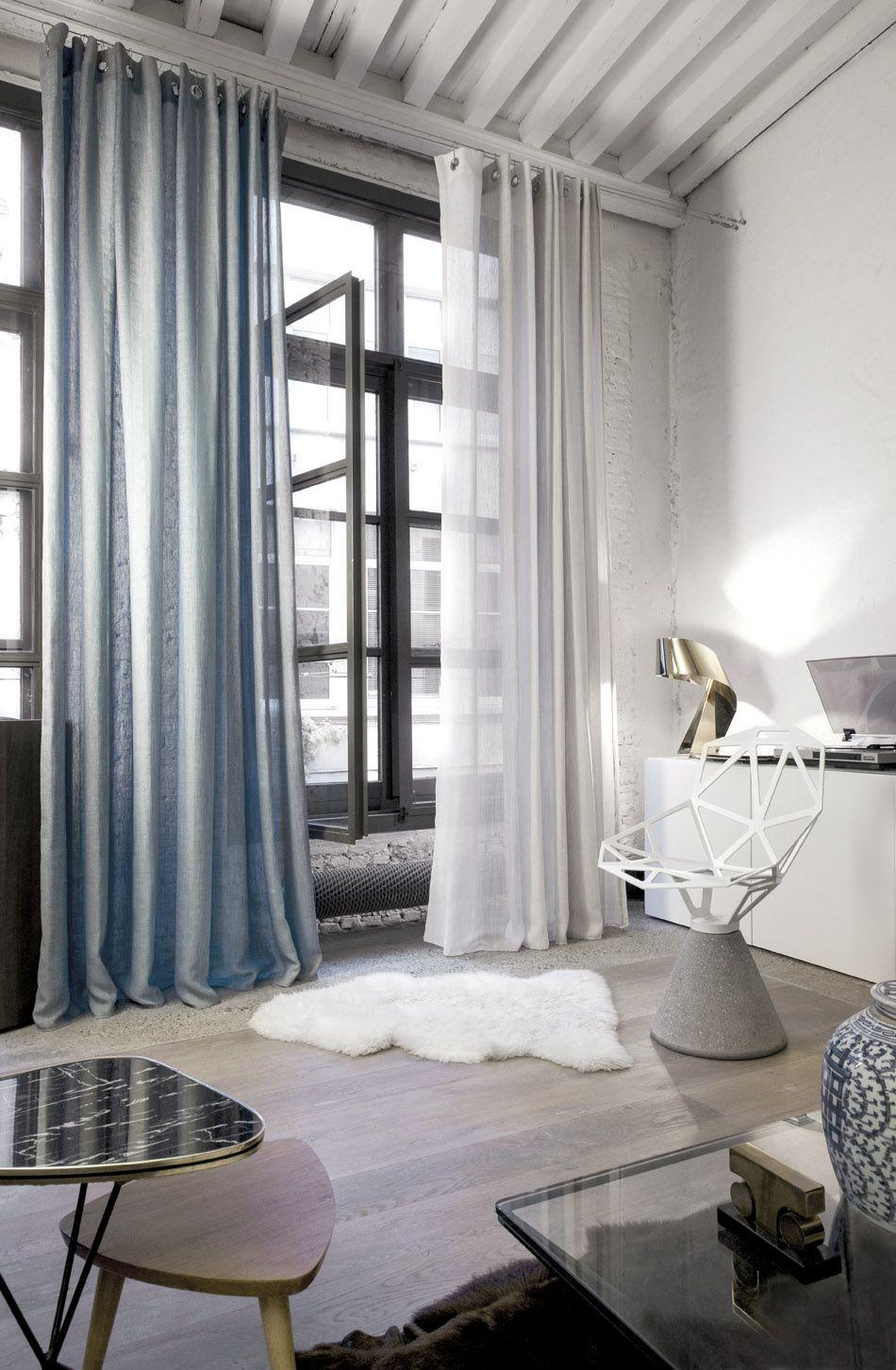 marrakech chillipepper_17172 overgordijn gordijnen ramen raamdecoratie blauw en wit transparant rideau rideaux maroc atmosphere intrieur fentre
