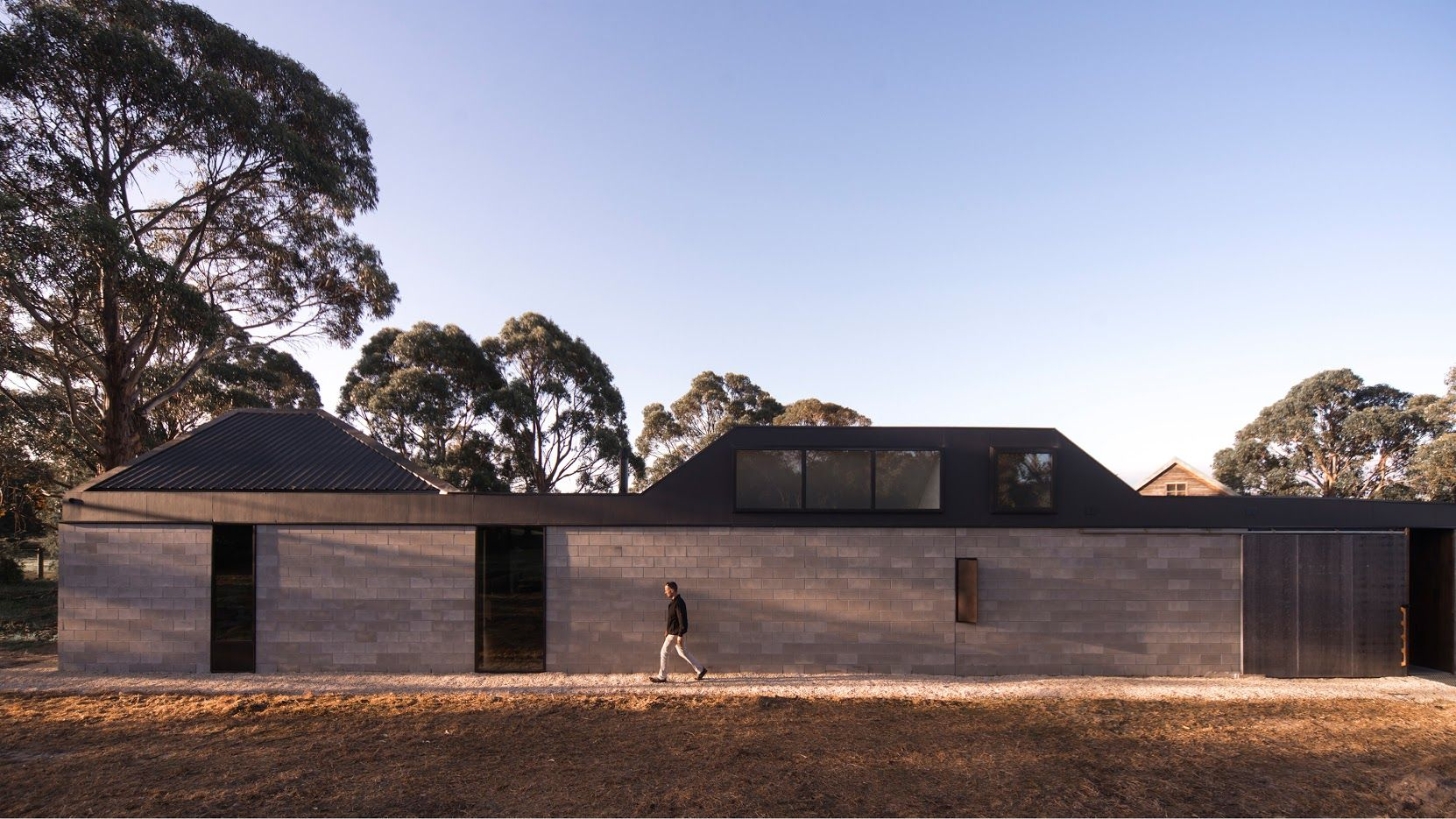 Lagoon House by Taylor and Hinds Architects / Esmond Dorney Award for Residential Architecture Houses (New) / Photography by Jonathan Wherrett