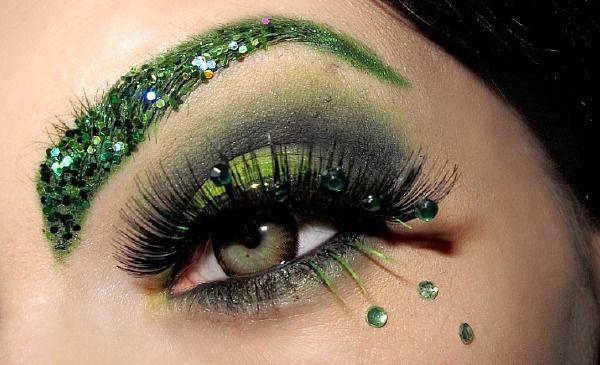 Shamrock-ed Eyes! How creativee!:)