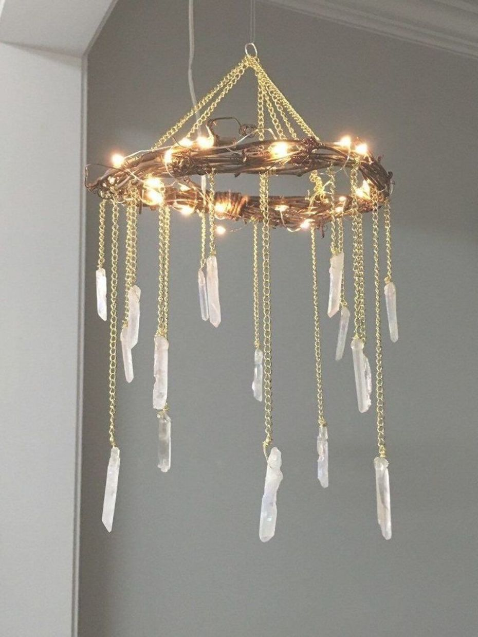 9 Crystal and Stones Decorating Ideas for a Touch of Glamour Design