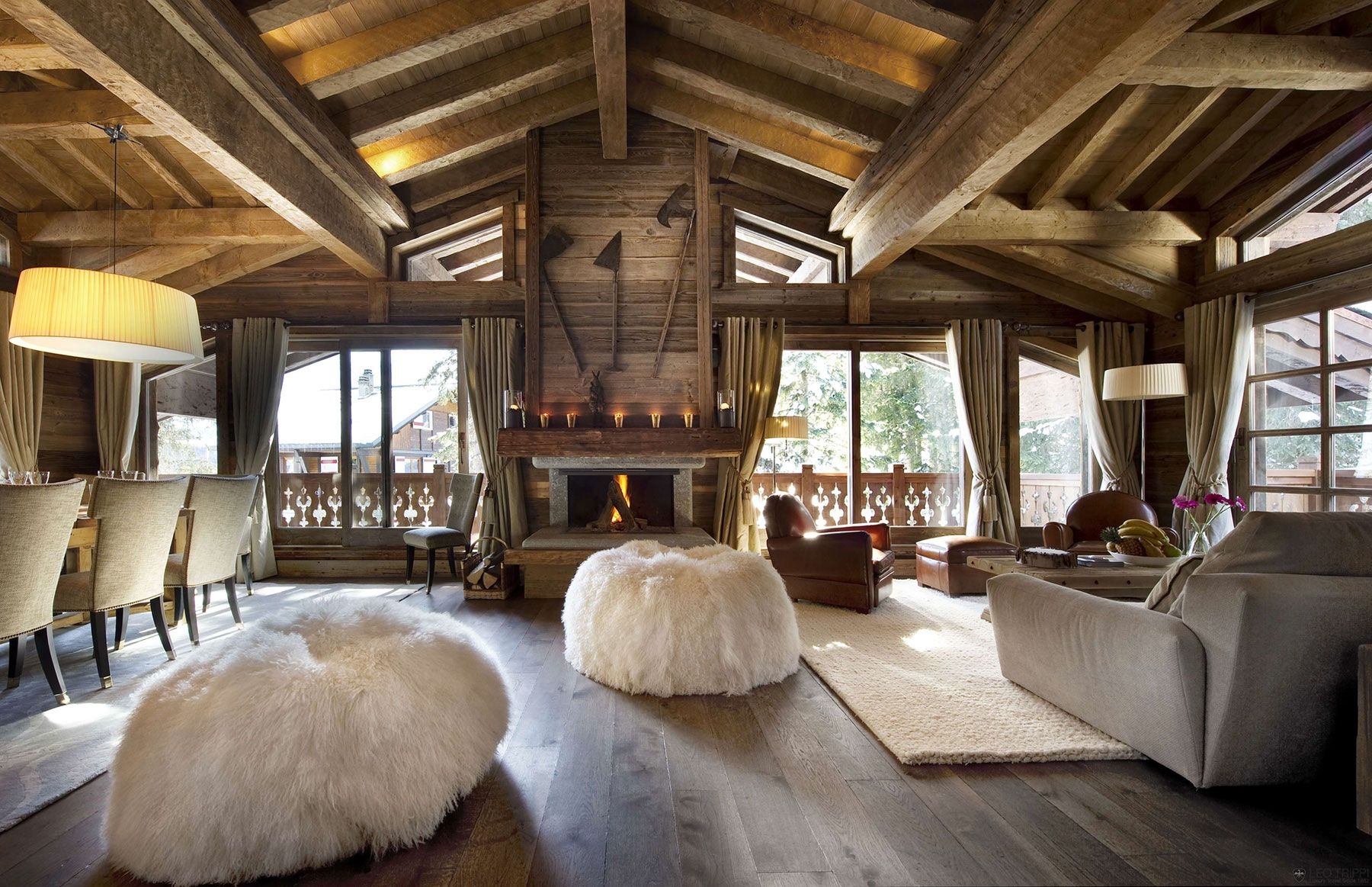 the chalet les gentianes 1850 in courchevel, the french alps ... - Interior Design Wohnzimmer Modern