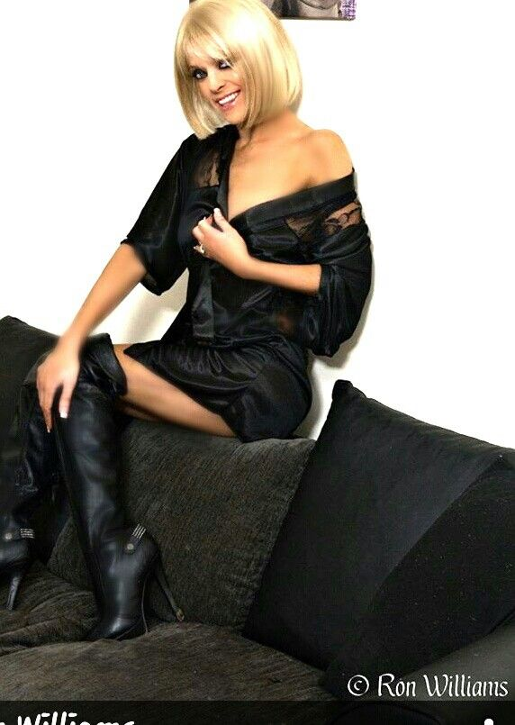 Suzie Jones Amature Model Model Model Portfolio Fashion