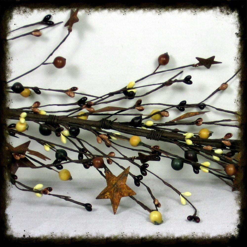 Berry Rusty Star Garland