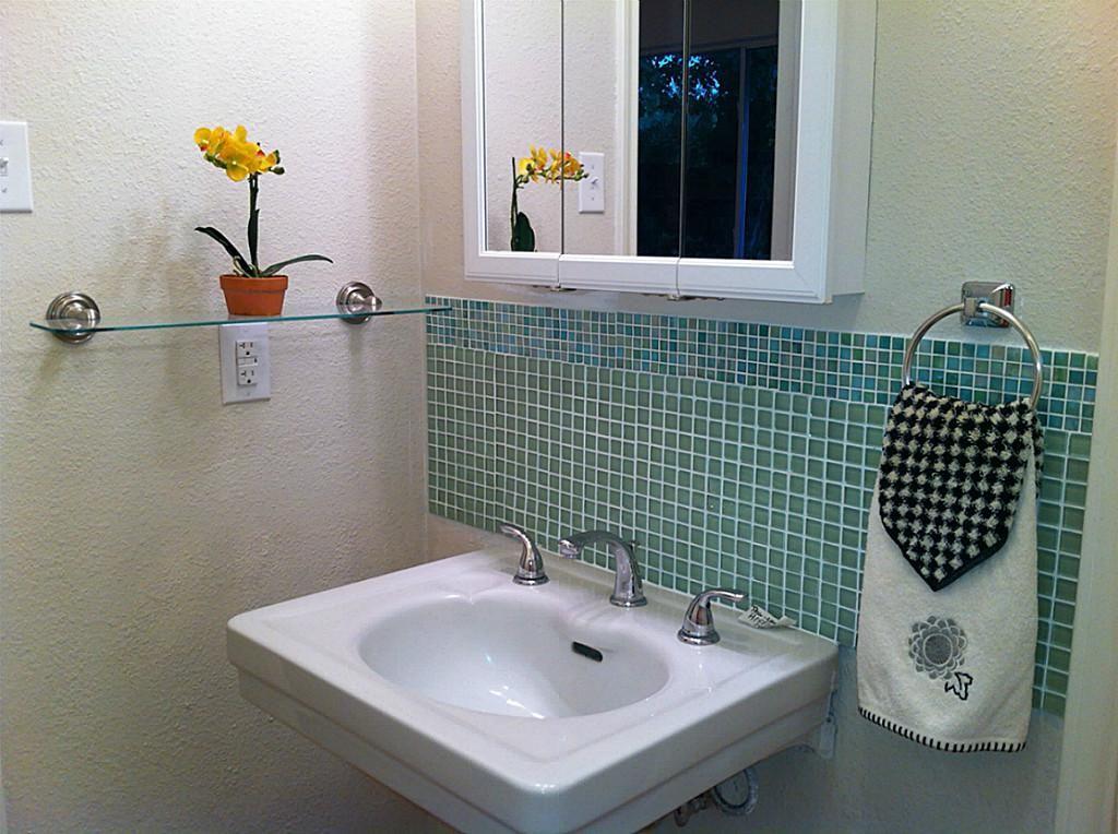 Image result for tile backsplash pedestal sink | Design ideas in ...