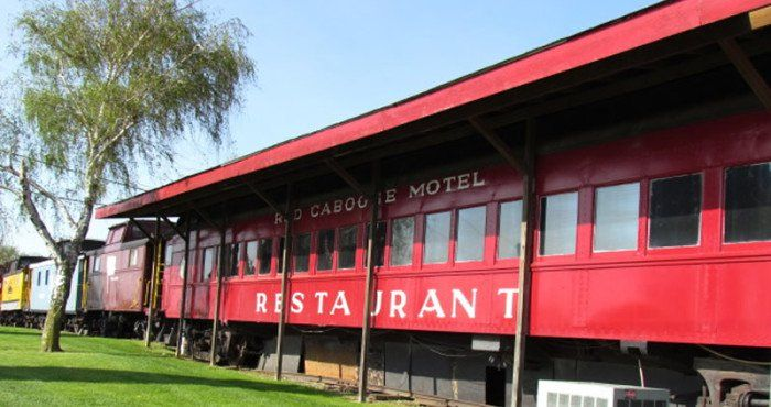 9 Red Caboose Restaurant Ronks