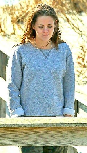 Kristen Stewart on Still Alice set, 3/21/14