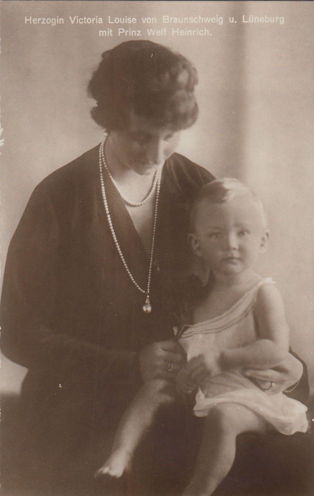 Herzogin Viktoria Luise v Braunschweig Przin v Preußen m S Welf Heinrich 1925