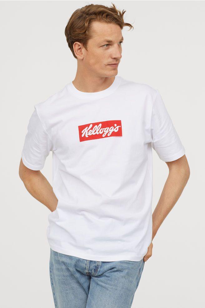 a9e2b2622253f Printed T-shirt   stuff i would like   Shirts, T shirt, H m