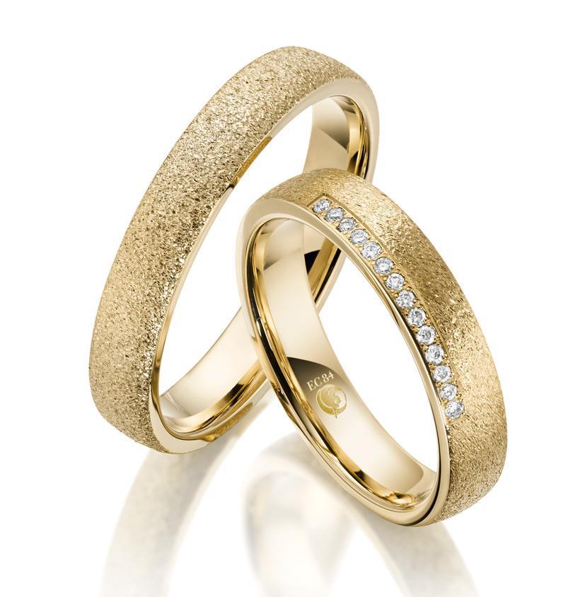 Trauringe Rubin 1606 Gelbgold | Eheringe Gold Struktur