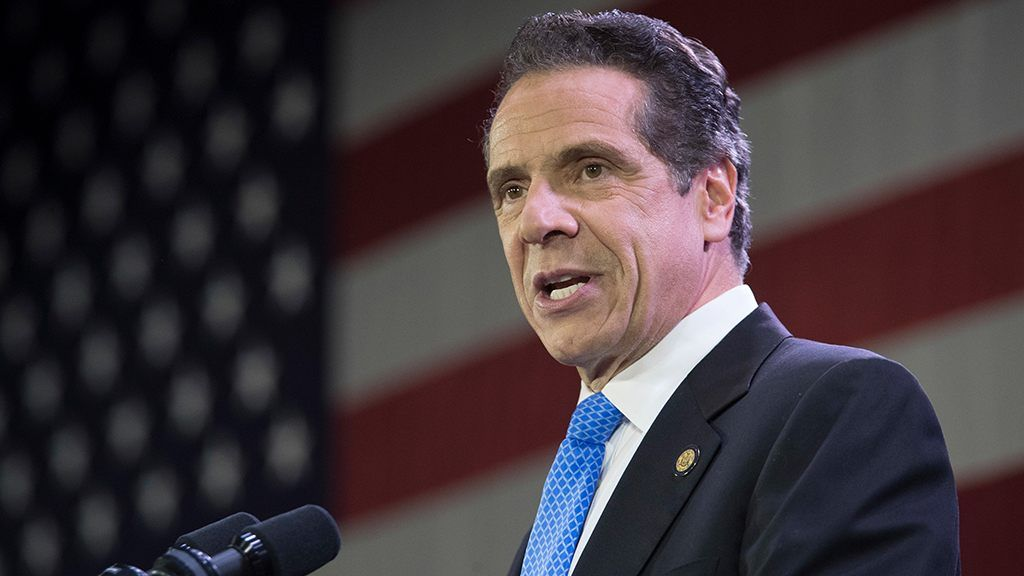 New York Gov Cuomo To Propose Ban On Single Use Plastic Bags In Next State Budget In 2020 Uplifting News Current News Social Media Company