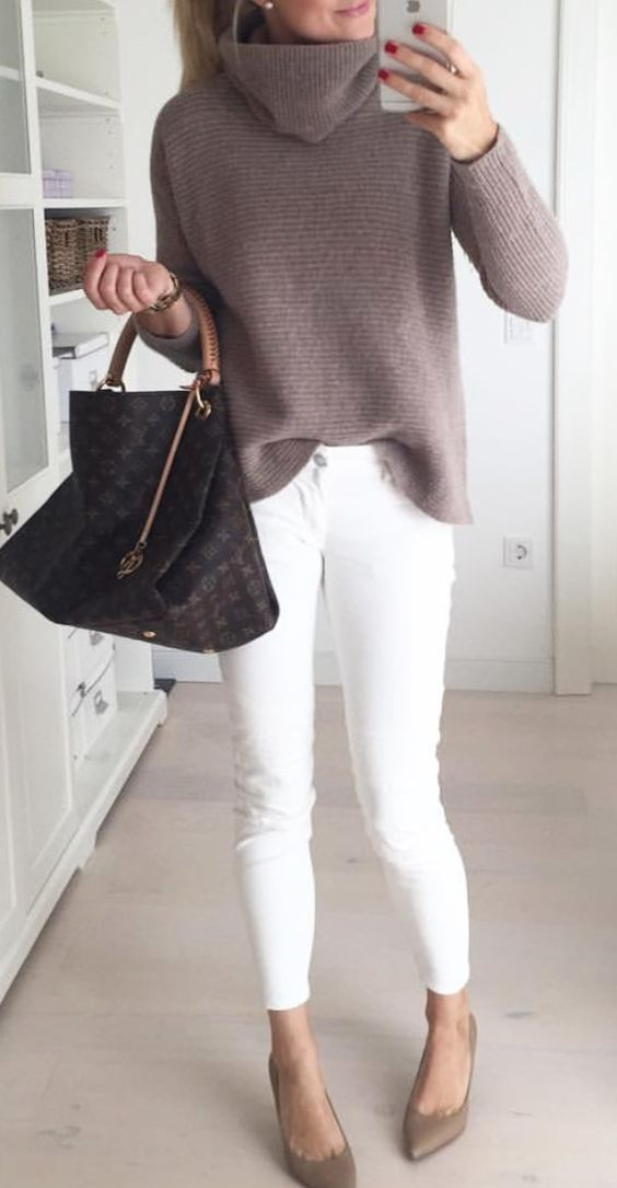 Stylish clothes to wear on this Valentine's Day #sweateroutfits