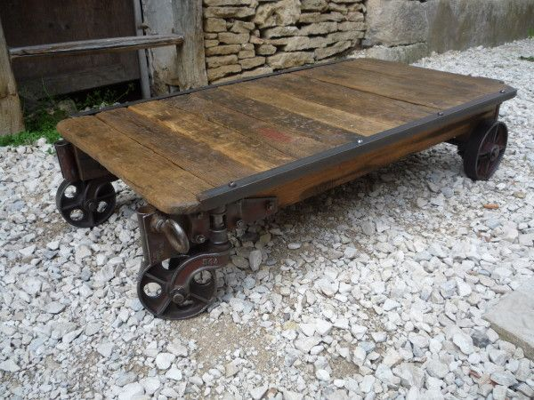 Table Basse Chariot D Atelier Chene Roulettes Fonte 1920