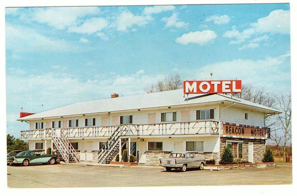 Undated Unused Postcard Beacon Motel Smithtown Long Island New York Ny