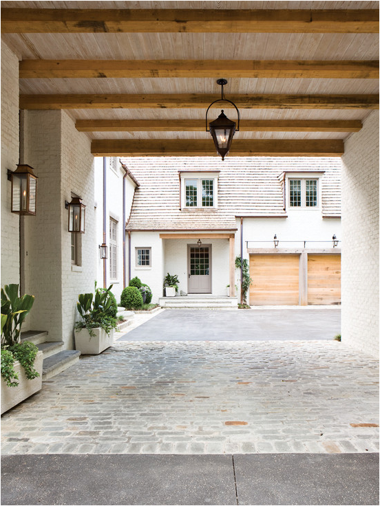 Porte Cochere Covered Driveway With Side Entrance
