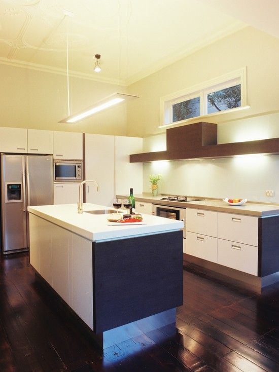 kitchen by Mal Corboy Design and Cabinets http://www.houzz.com ...