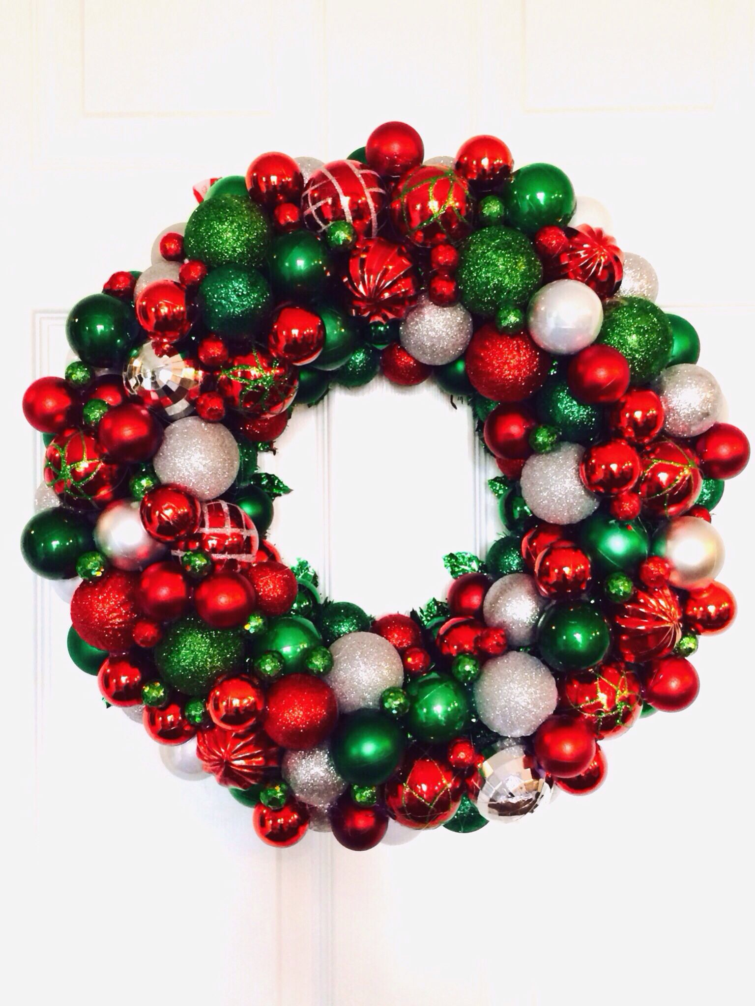 Homemade Christmas Ornament Wreath Red Green Silver Christmas Wreaths Diy Christmas Ornaments Homemade Christmas Wreaths