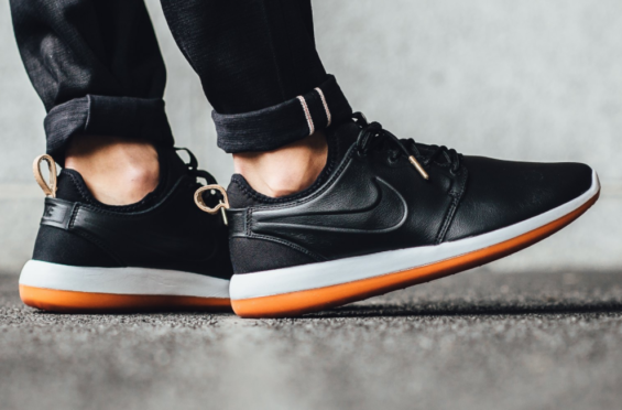 timeless design f953c 4aa50 Traditional Appeal On The New Nike Roshe Two Leather