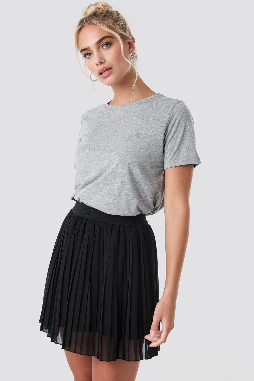 Mini Pleated Skirt Noir Jupe Plissee Rose Idees De Mode Mode Vetement
