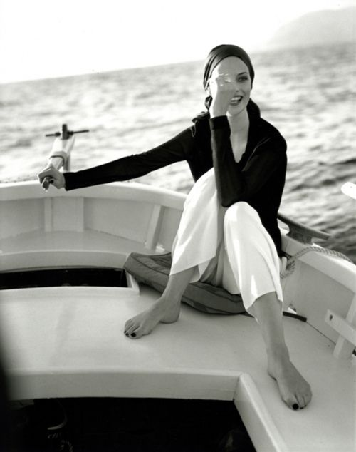 nice mood + classic black and white + the open sea