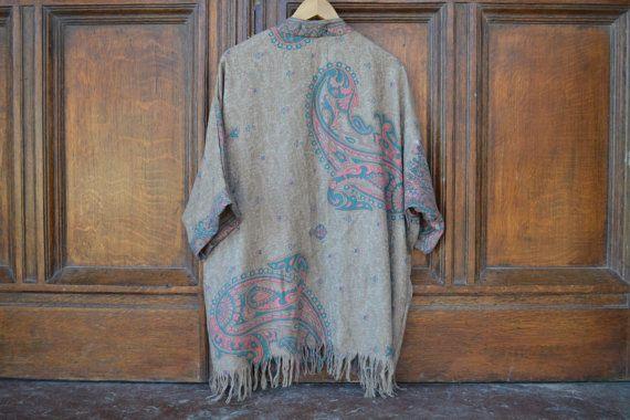 Kimono Cashmere Beige con Flecos de Algodón por TaylorKimonos