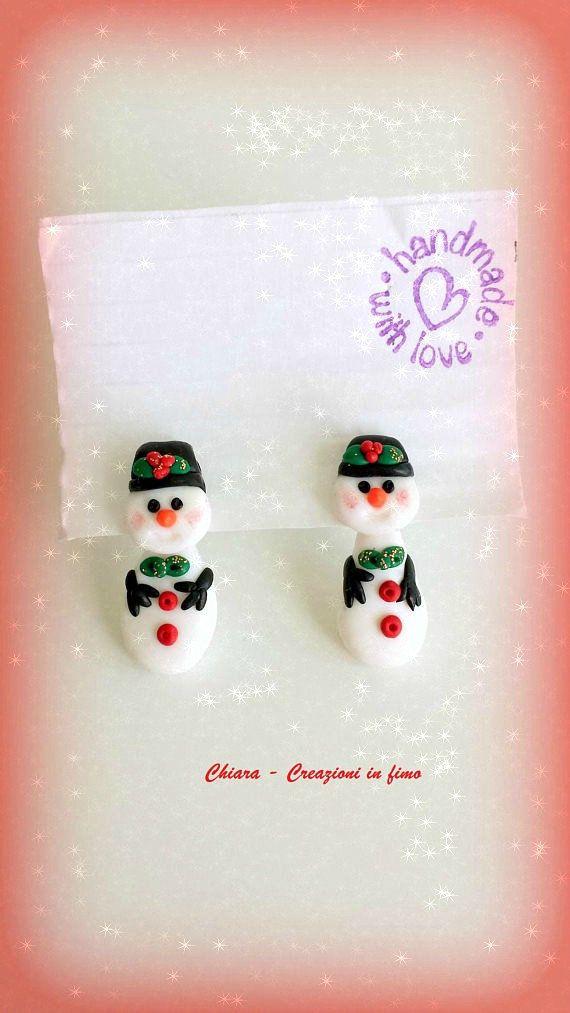 Snowman split earrings in polymer clay, xmas earrings for kids, two part earrings for a secret santa gift for girl, whimsical santa #secretsantaideasforwork