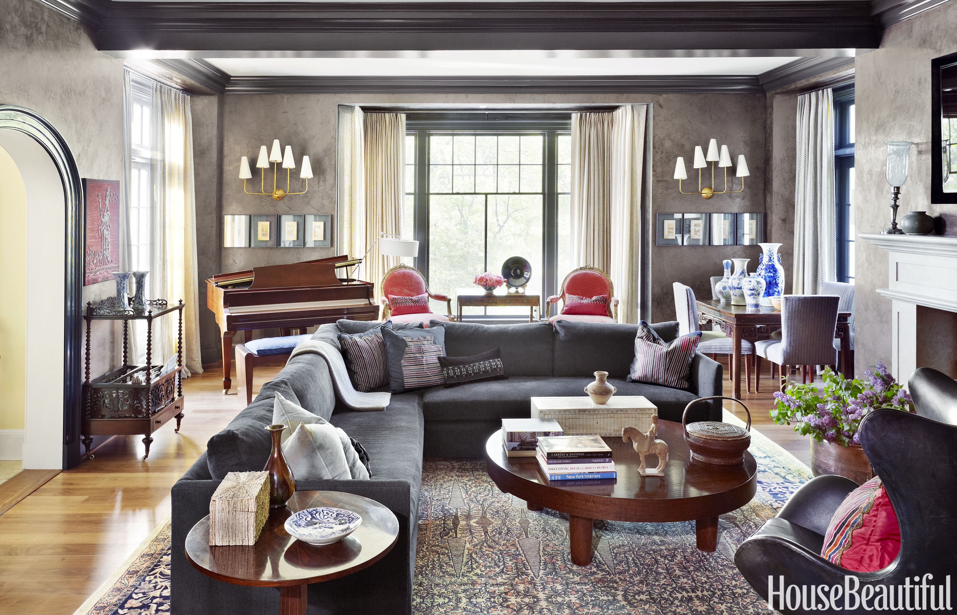 Inside A Family Home With Global Style House Beautiful Living Rooms Family Room Living Room Decor Gray