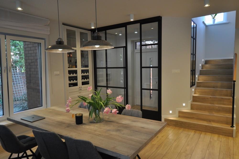 Przesuwne Drzwi W Domu Jednorodzinnym Home Home Decor Room Divider