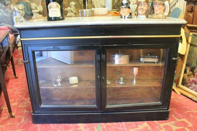 Credenza Da Farmacia : Banco da farmacia con vetrina in legno ebanizzato epoca xix sec il