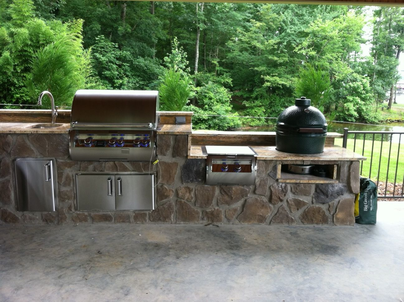 Fire Magic Gas Grill Paired With A Big Green Egg Hearth And Patio Patio Gas Gas Fireplace