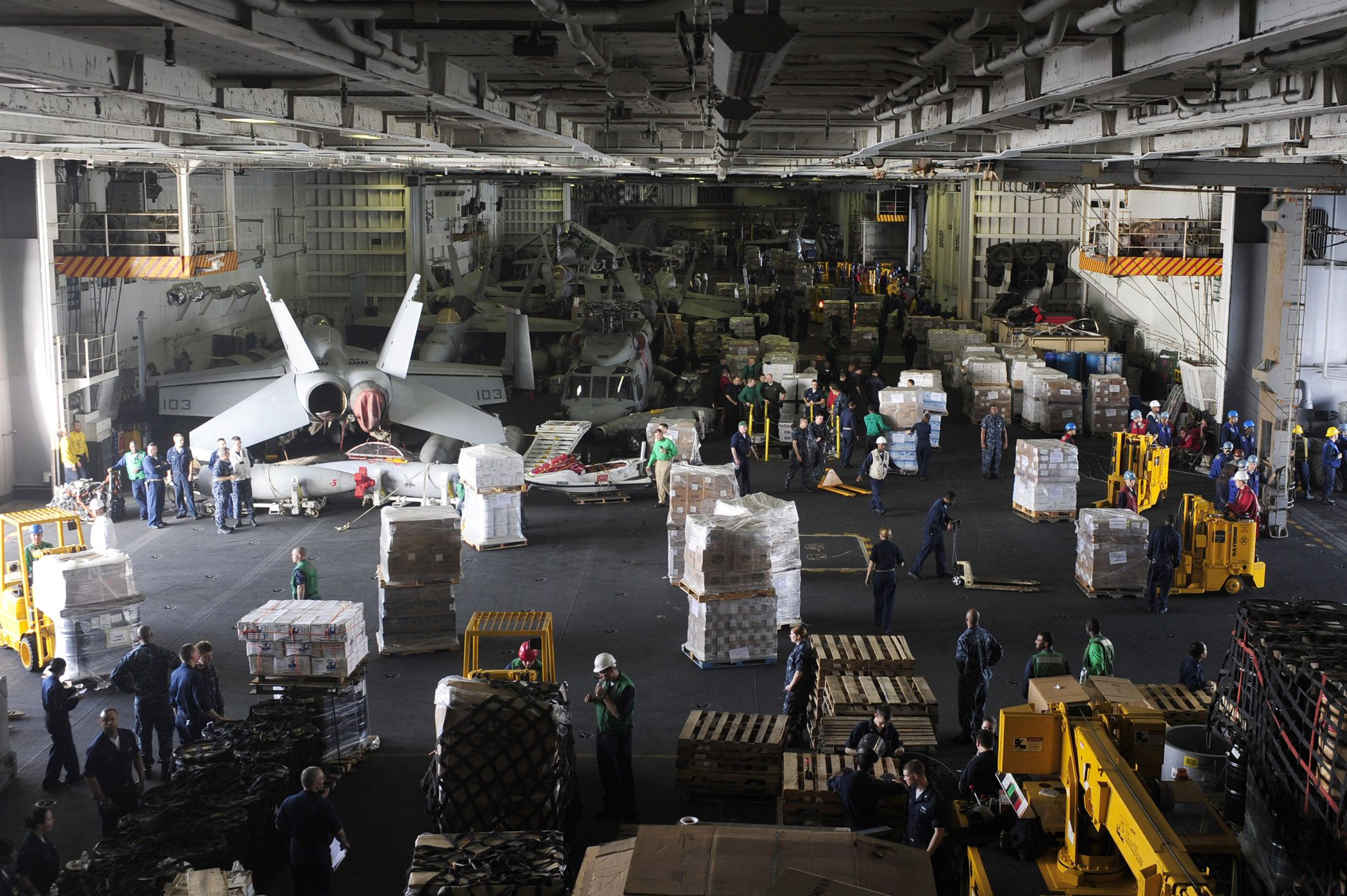Photos Of Uss Saratoga Hangar Bay Personnel And Supplies