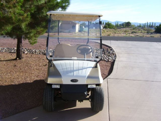 2008 FAIRPLAY LEGACY FAIRPLAY LEGACY Golf Cart , GOLD AND WHITE for