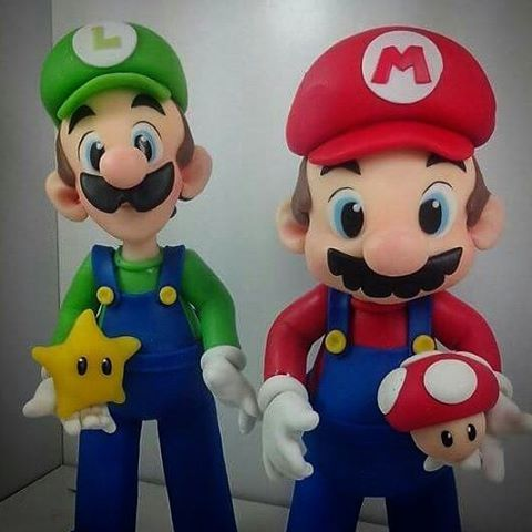 "445 Me gusta, 48 comentarios - Sabrina Rodrigues (@sahbiscuit) en Instagram: ""Luigi e Mário Bros! #sahbiscuit #biscuit #porcelanafria #coldporcelain #masaflexible #pastaflexible…"""