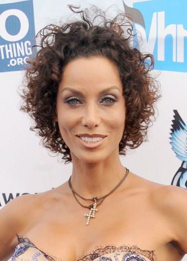 Nicole Murphy flaunted an easy-breezy rod set at the 2012 Do Something Awards at Barker Hangar in Santa Monica, California.