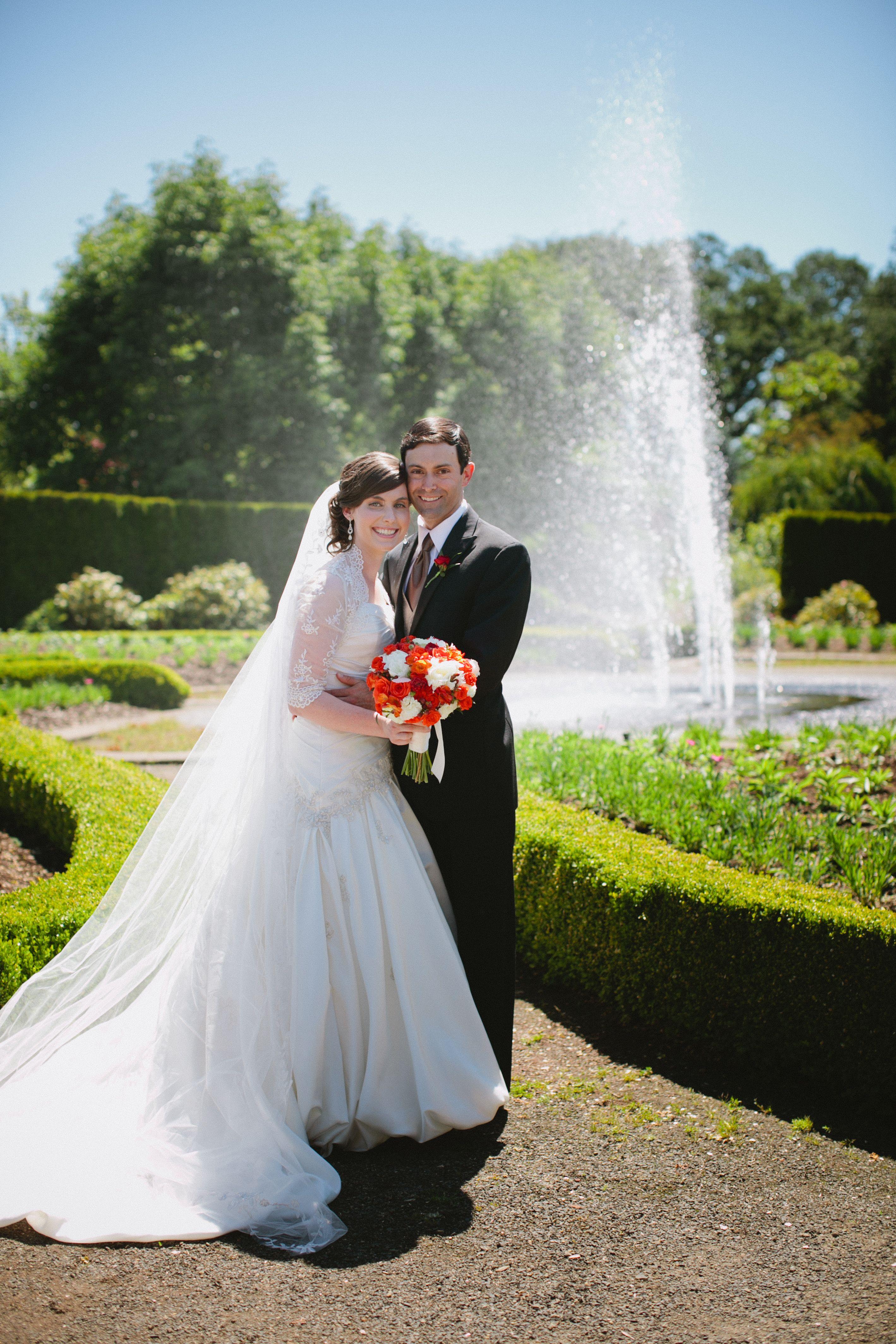 Sunny Weddings in 2020 | Wedding venues oregon, Oregon ...