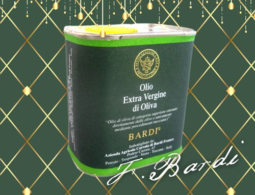 Travel with your personal extravirgin extraquality shot. Small version for evo lovers (100ml). Tuscan blend with Leccino-Frantoio-Moraiolo-Pendolino olive varieties.  http://www.cultivia.it/wordpress/negozio/e-v-o-terre-di-siena-dop/#!prettyPhoto